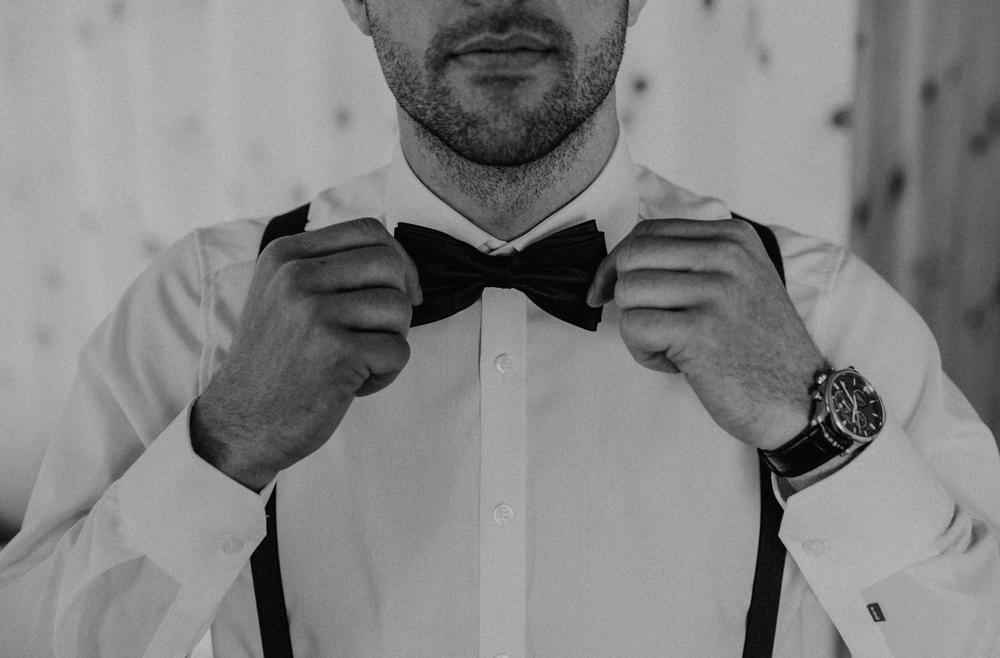 Belle Wedding | Hochzeitsplanung Winterhochzeit Bräutigam Anzug
